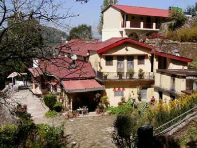 Hotels in jaiharikhal lansdowne book now and save more - Hotels in lansdowne with swimming pool ...